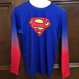 Boys Large Under Armour Superman fitted top
